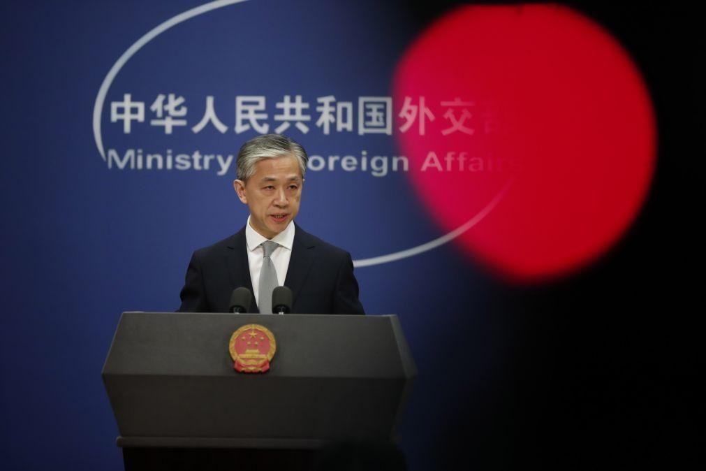 Hong Kong: China condena medidas retaliatórias da União Europeia