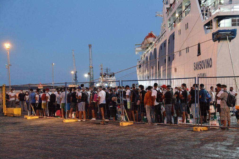 Migrações: Cerca de 100 migrantes vulneráveis retirados do Chipre e Grécia