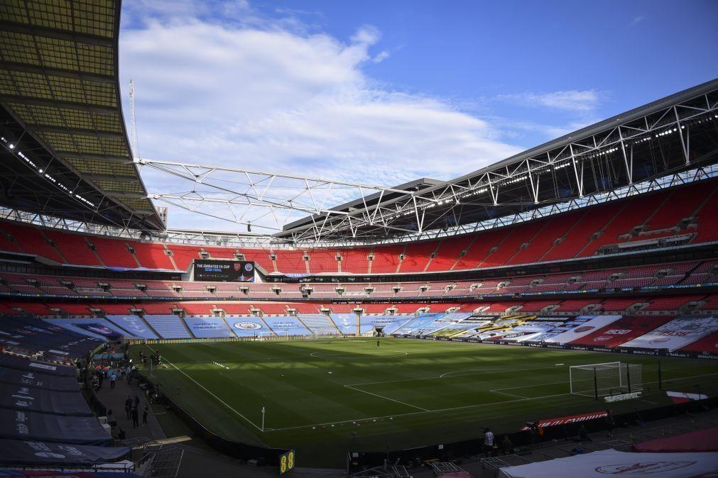 Supertaça de Inglaterra marcada para 29 de agosto em Wembley