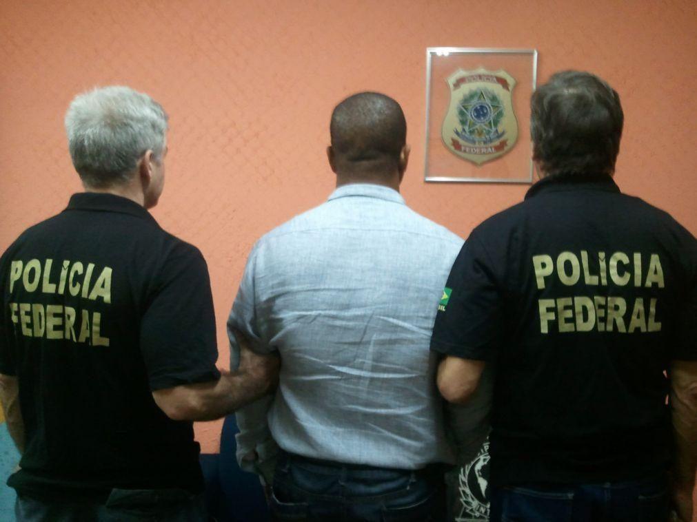 Polícia brasileira faz operação contra grupo que traficava armas do Paraguai