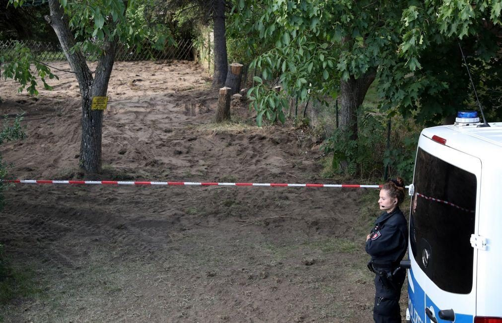 Maddie: Polícia alemã termina escavações em jardim