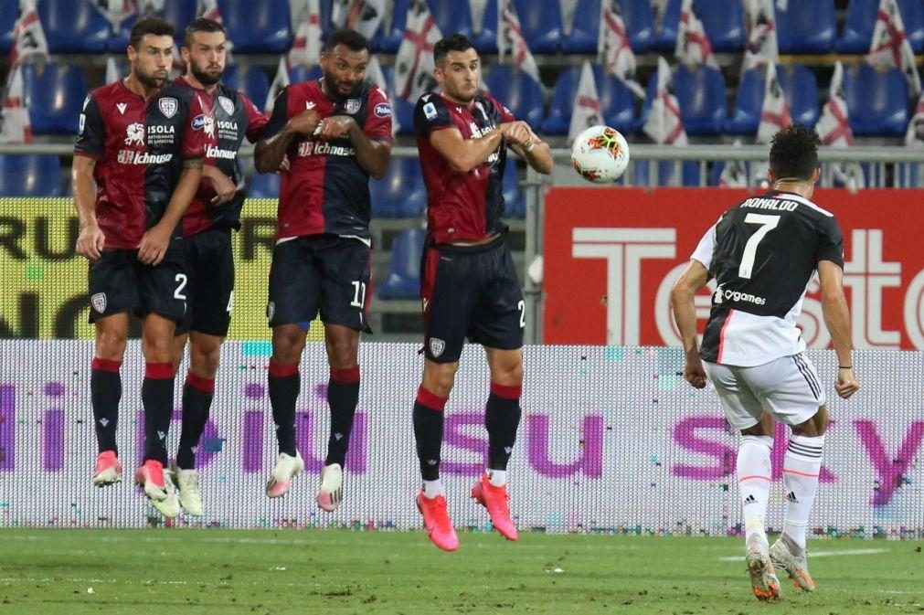 Juventus perde em Cagliari e Roma garante fase de grupos da Liga Europa