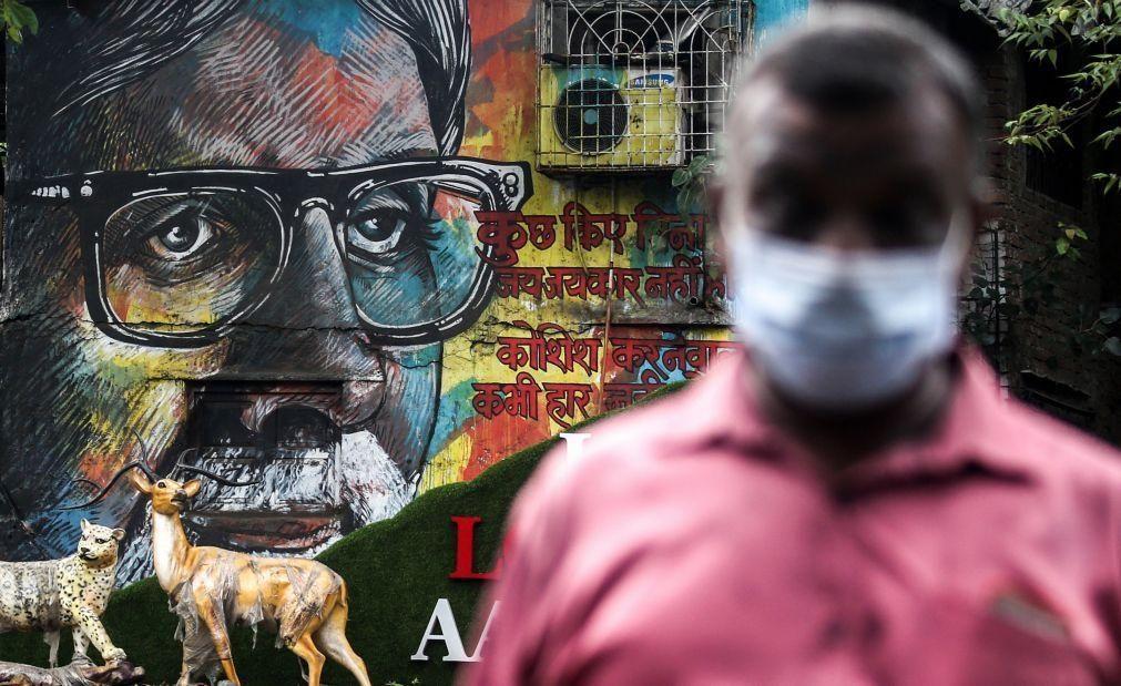 Covid-19: Índia regista 775 mortes e recorde diário com mais de 50 mil casos