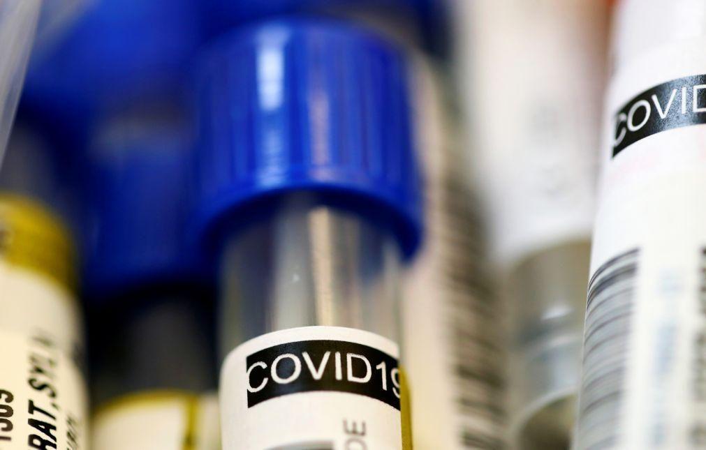 Covid-19: China já vacinou pessoal médico e funcionários das alfândegas