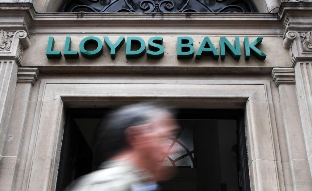 Lucros do Lloyds Bank caem 99% no primeiro semestre para 21 ME