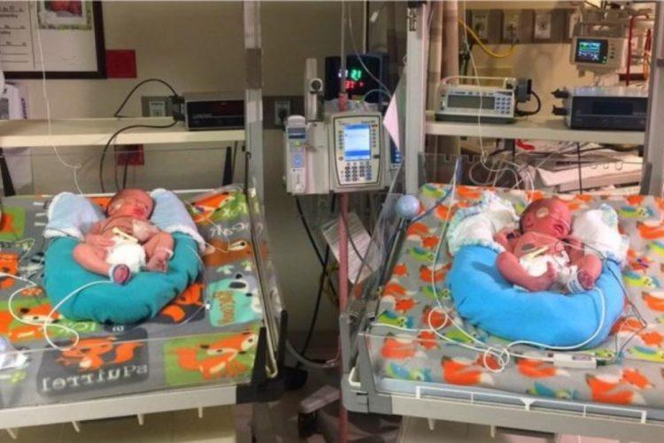 Gémeos nascem com intervalo de 2 minutos em anos diferentes