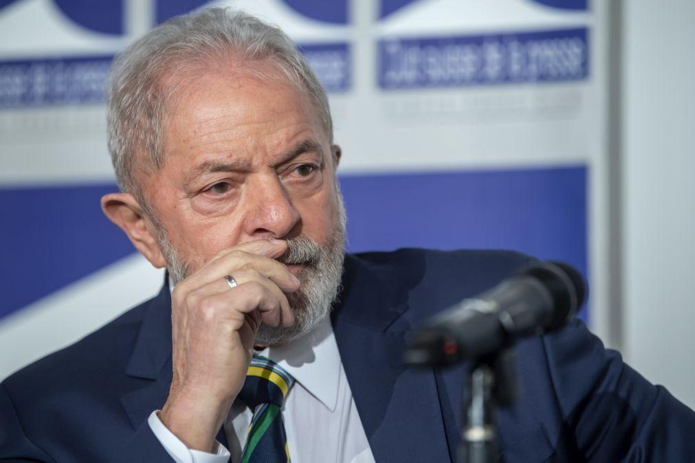 Covid-19: Lula diz que Bolsonaro inventou o seu contágio para promover a cloroquina