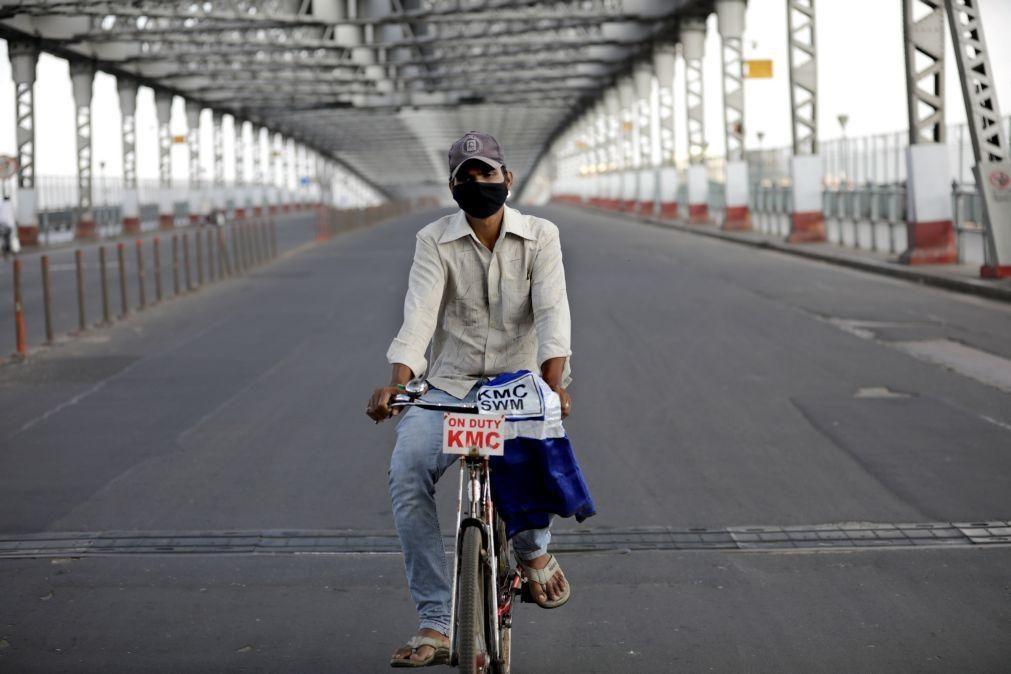 Covid-19: Índia regista mais de 55 mil infetados, novo recorde diário
