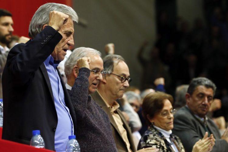 PCP/Congresso: Viabilização do Governo PS depende de reposição de direitos -- novos membros Comité Central