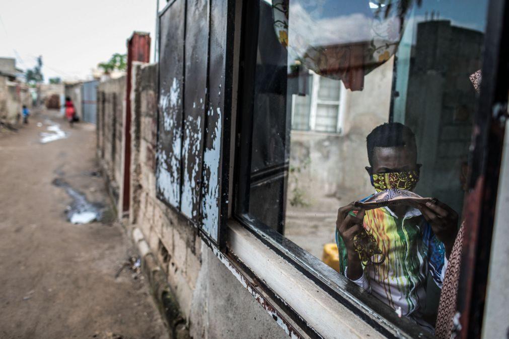 Covid-19: Moçambique regista 12.ª morte e aproxima-se das duas mil infeções