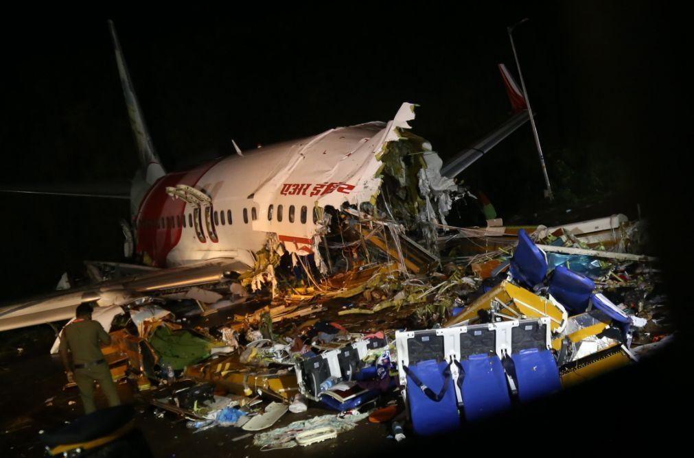 Número de mortos no acidente de avião na Índia volta a subir