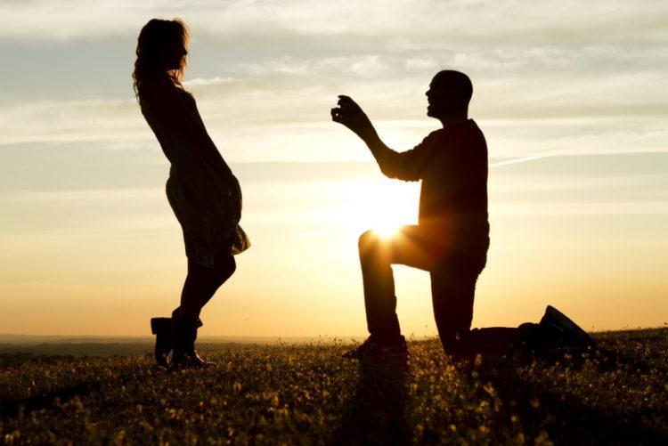 Qual o melhor dia para fazer um pedido de casamento