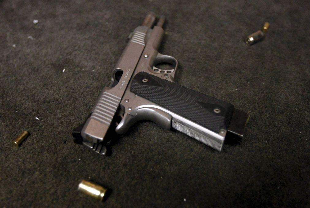 Quatro mortos entre 18 baleados em vários locais de Cincinnati nos EUA