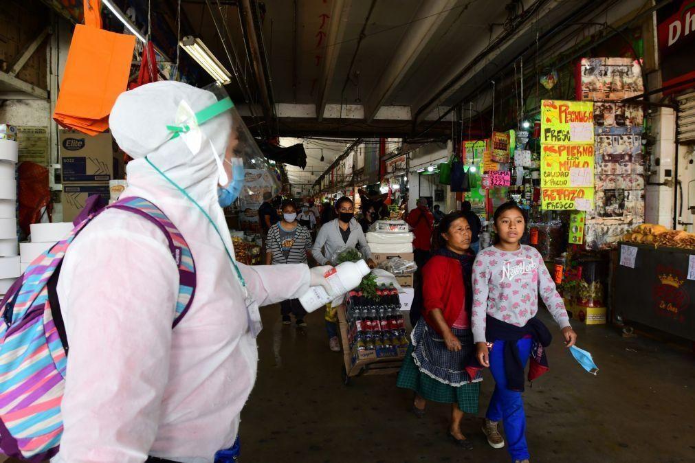 Covid-19: México com 4.448 casos e 214 mortes nas últimas 24 horas