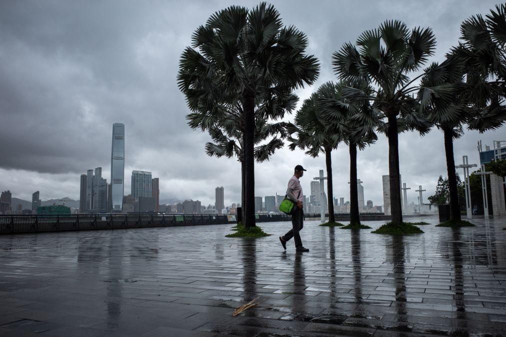 Macau alerta para inundações graves e fecha parques de estacionamento