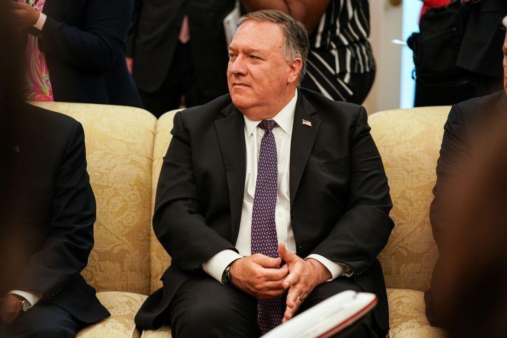 Mike Pompeo visita Isarel para abordar laços diplomáticos com Emirados Árabes Unidos