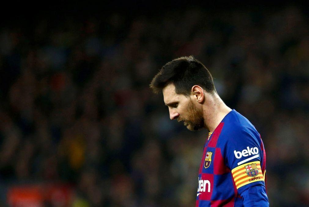 Chuteiras de Messi leiloadas por um valor recorde