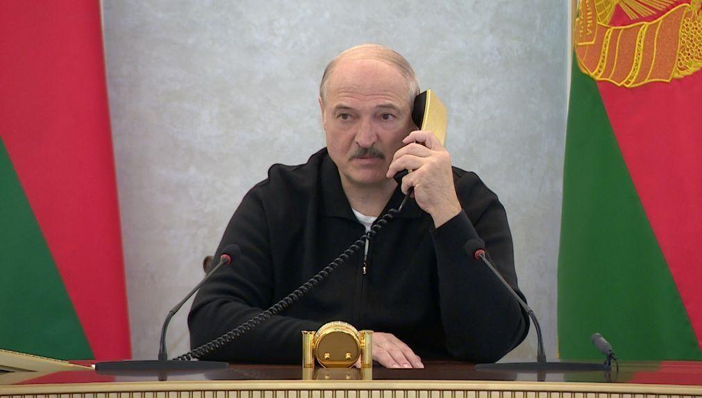 Bielorrússia: Lukashenko evoca referendo constitucional