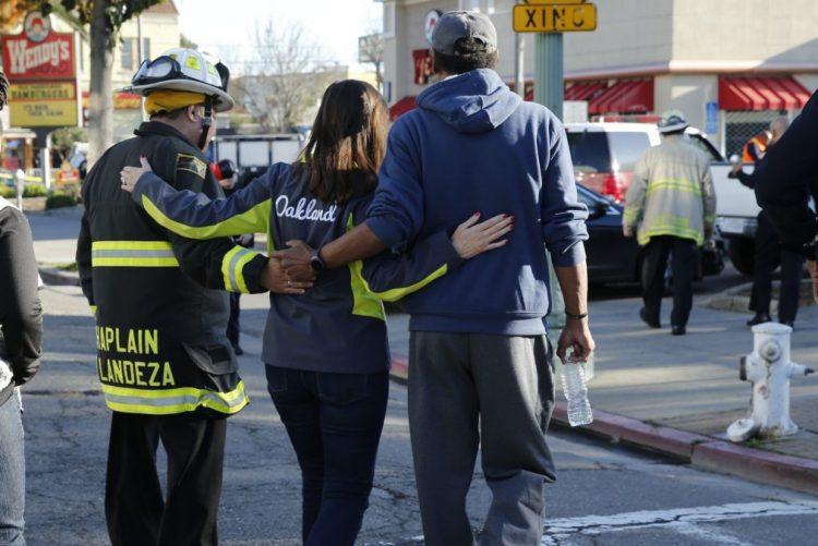 Autoridades norte-americanas investigavam edifício onde morreram nove pessoas