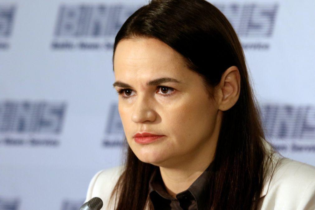 Bielorrússia: Opositora Tikhanovskaya pede na ONU sanções contra Lukashenko