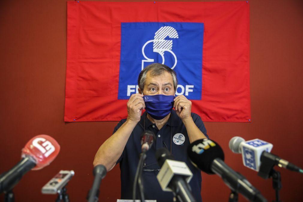 Covid-19: Fenprof acusa DGS de incoerência e pede medidas que minimizem riscos