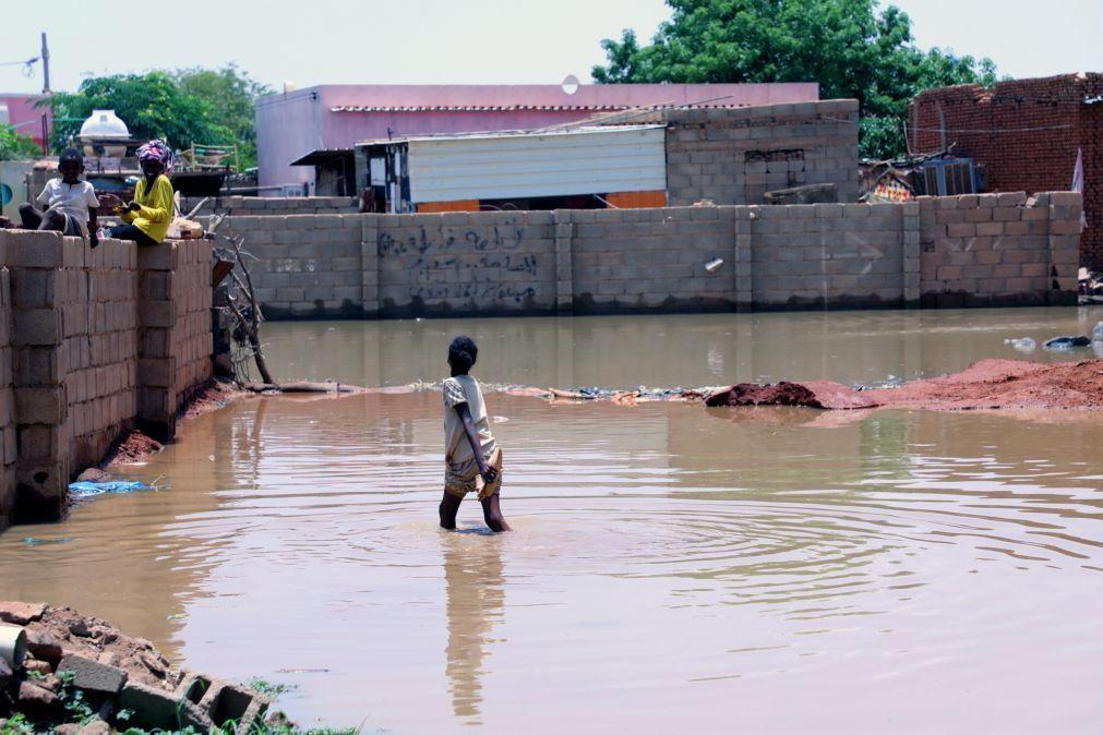 Sudão declara estado de emergência após cheias e chuvas intensas