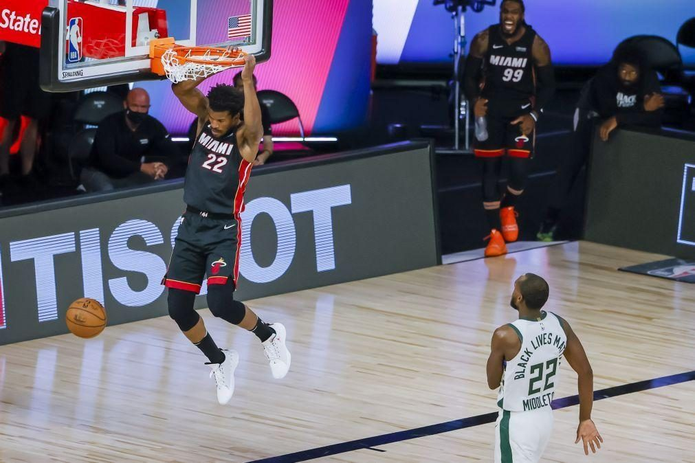 Heat deixam Bucks 'virtualmente' fora dos play-offs da NBA, Rockets batem Lakers