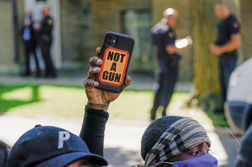 Protestos em várias cidades dos EUA por violência policial contra afro-americanos