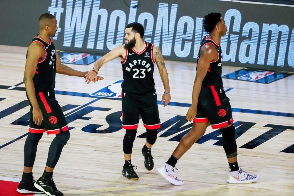 Raptors e Nuggets empatam eliminatórias nos 'play-offs' da NBA