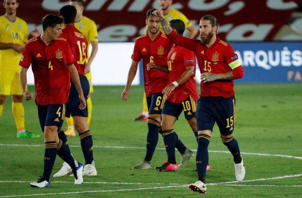 Liga das Nações: Espanha 'despacha' Ucrânia com Ansu Fati em plano de destaque