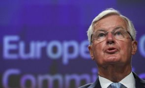 Brexit: Barnier adverte que