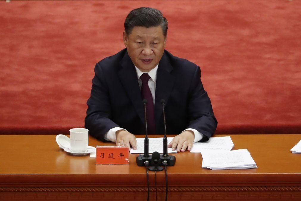 Covid-19: Xi Jinping diz que China passou