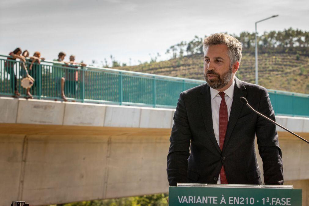 Ligações ferroviárias internacionais só após acordo com operador espanhol - ministro