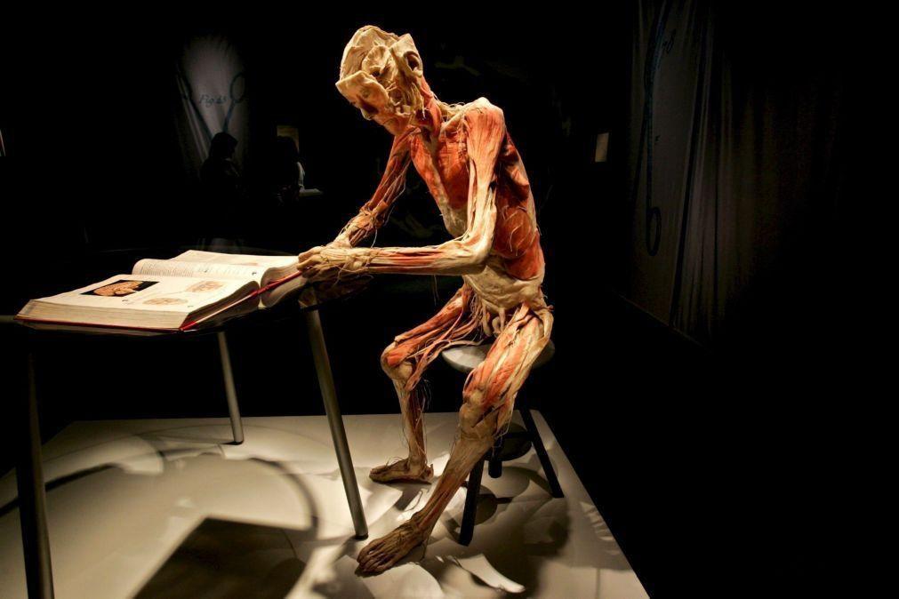Covid-19: Exposição 'Bodies' mostra em Las Vegas efeito da doença no corpo humano