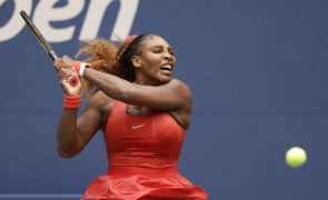 US Open: Serena Williams nas meias-finais após superar Pironkova