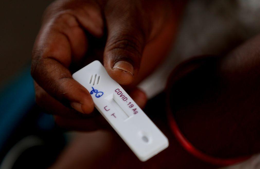 Covid-19: África com 215 mortos em 24 horas e 8.302 novos casos