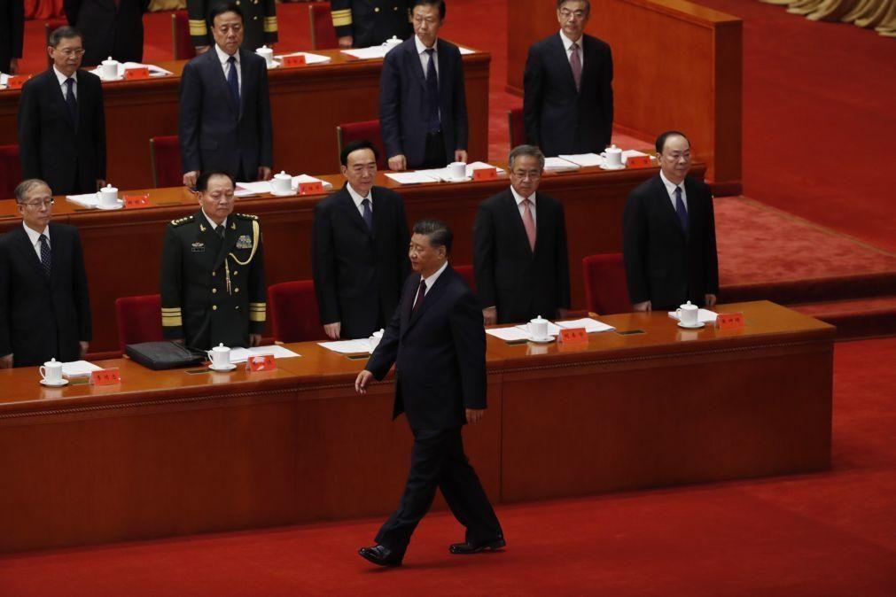 Cimeira UE/China reúne-se na segunda-feira com tensão económica na agenda