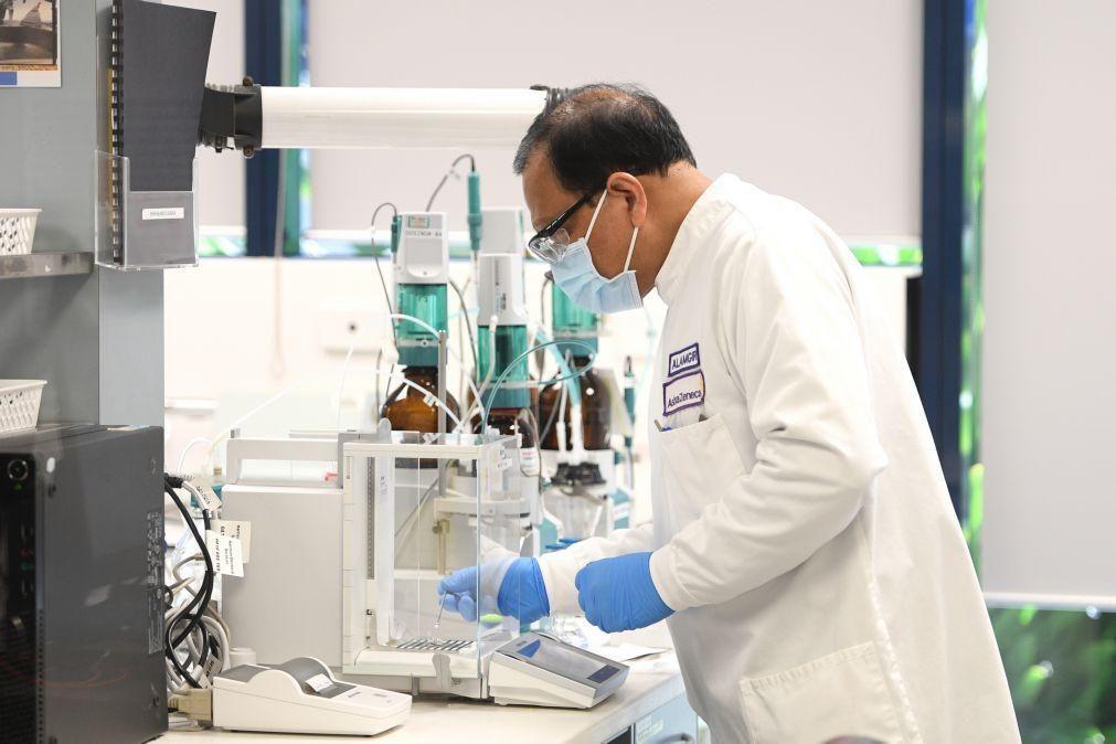 Covid-19: Oxford retoma testes da sua vacina