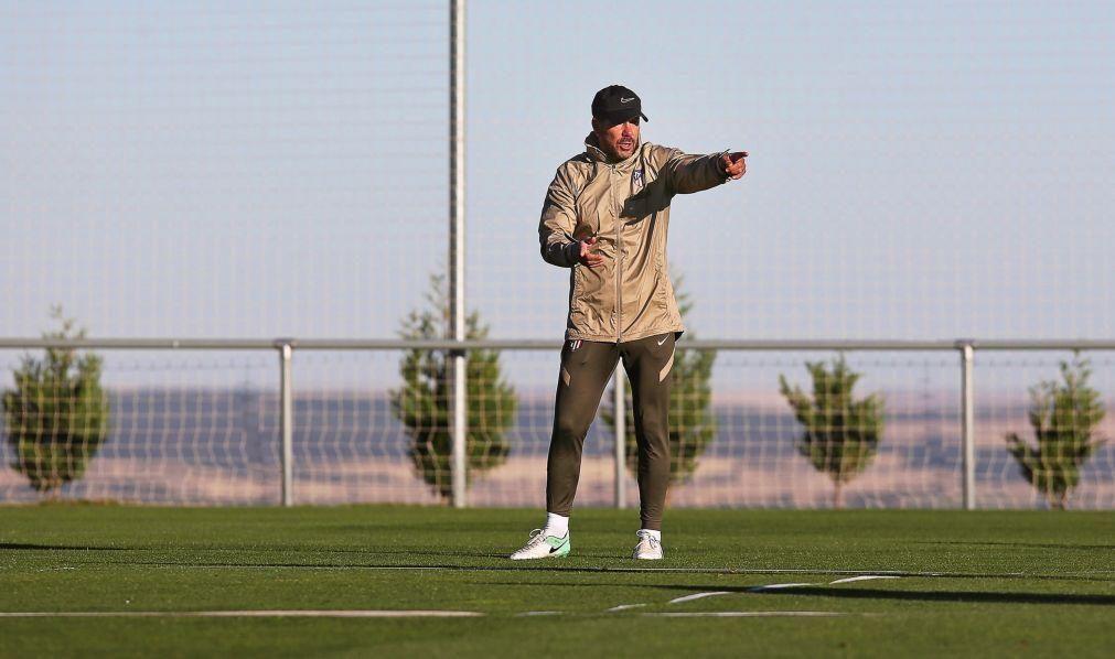 Covid-19: Treinador do Atlético de Madrid, Diego Simeone, teve teste positivo
