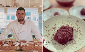 Marco Costa ensina-lhe a fazer uma mousse de chocolate «diferente»