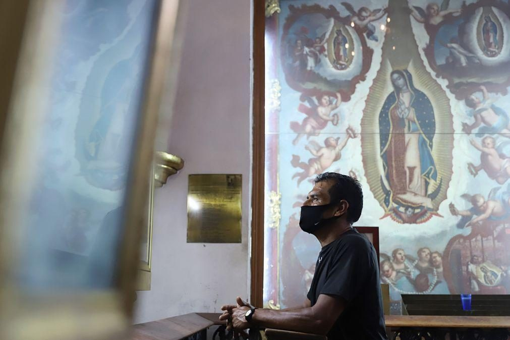 Covid-19: México com mais 421 mortos e 5.674 novos casos