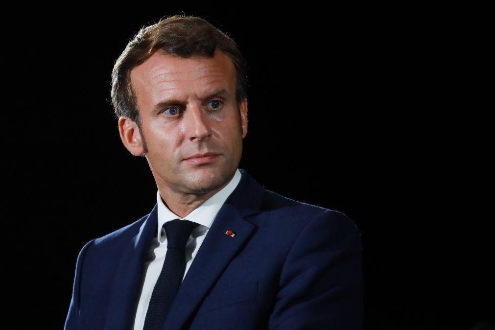 Navalny: Macron denuncia