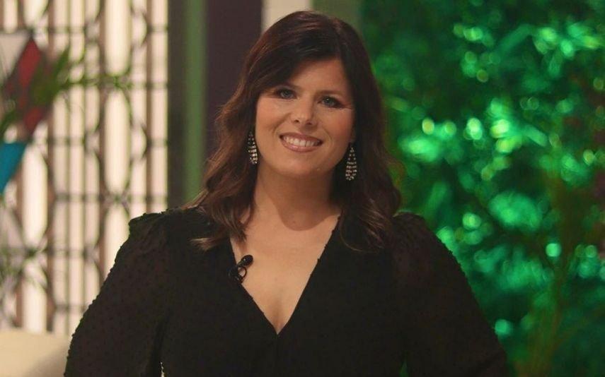 Noélia estreia-se no papel de comentadora do Big Brother e surpreende pelo visual