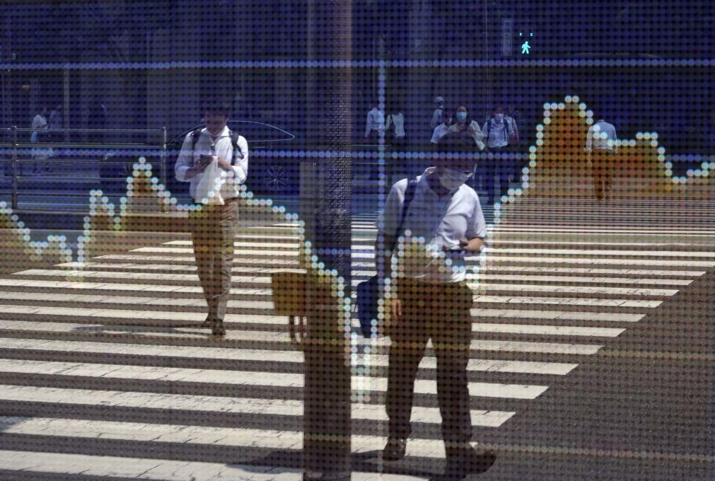 Bolsa de Tóquio perde 0,44% no fecho