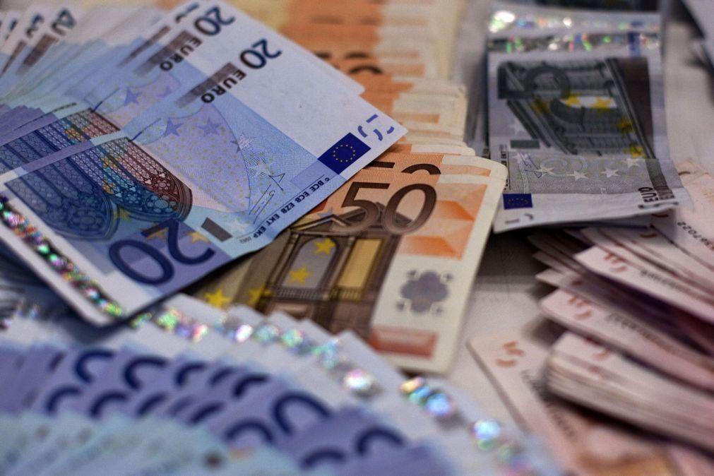 Taxas Euribor caem para novo mínimo de sempre a 12 meses e sobem a seis meses