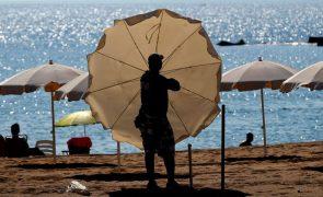 Covid-19: Chegadas de turistas internacionais caem globalmente 65% até junho -- OMT