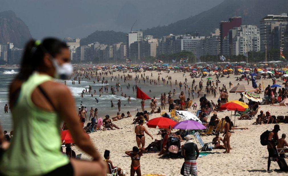 Covid-19: Brasil volta a registar mais de mil mortos em 24 horas