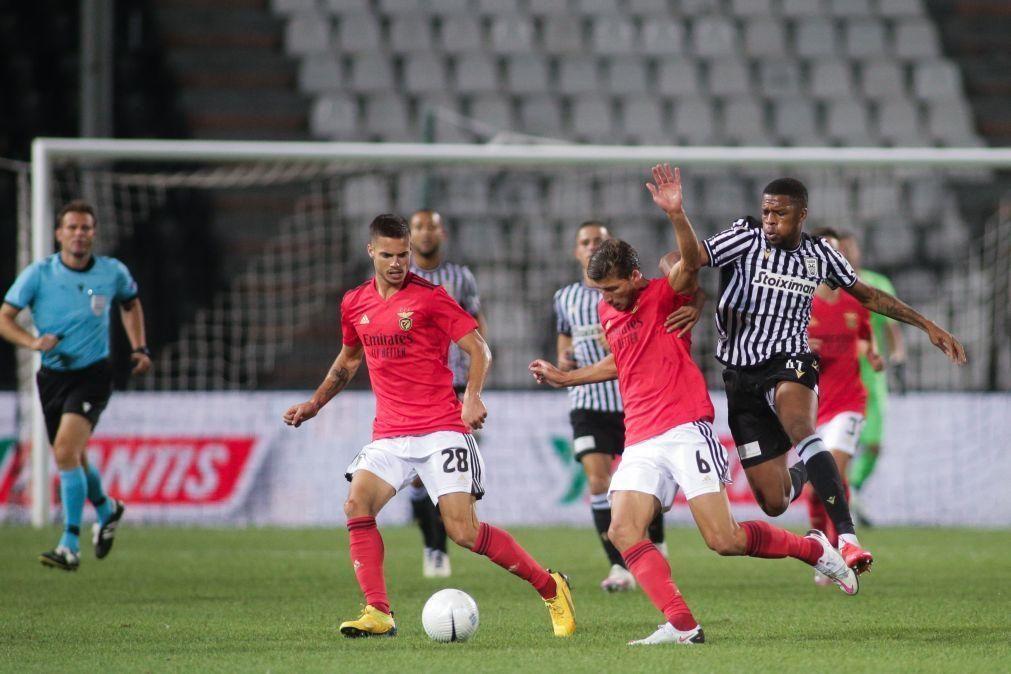 Adeptos do Flamengo invadem redes sociais para gozar com derrota do Benfica