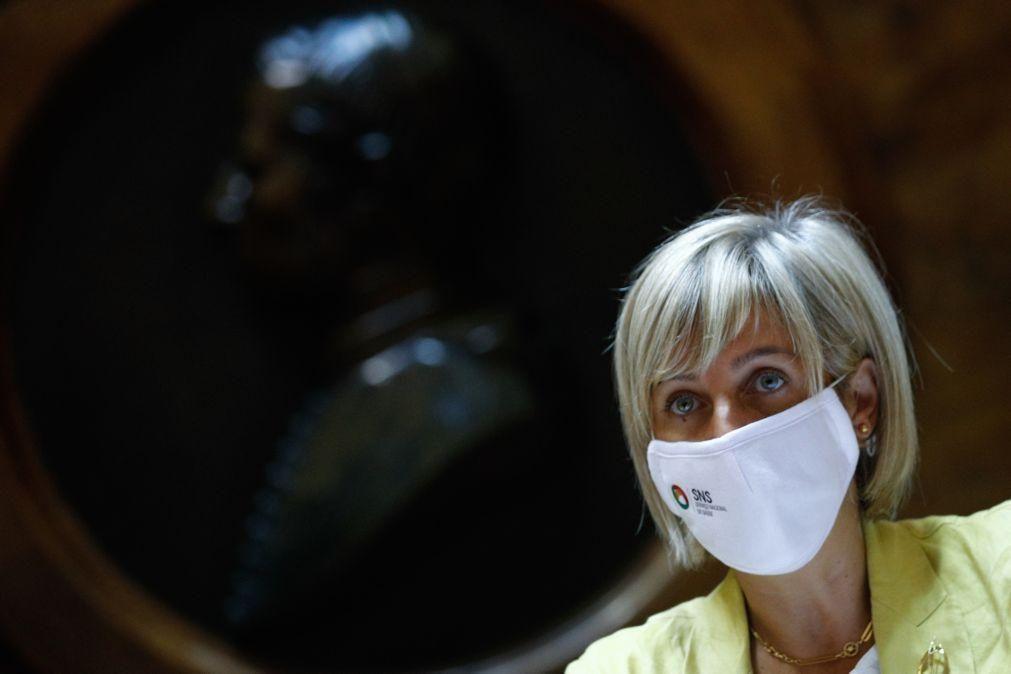 Covid-19: Ministra da Saúde reconhece que apoio médico aos lares tem sido um problema
