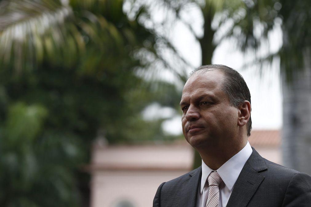 Deputado brasileiro alvo de buscas em investigação sobre corrupção